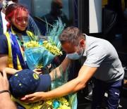 FENERBAHÇE - Fenerbahçe Kafilesi Düzce'de