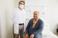 AMELIYAT - 53 Yasindaki Hastaya 8 Santimetrelik Kesi Ile Kalp Ameliyati