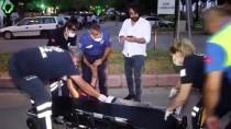 POLİS - Adana'da Sokakta Yürürken Rahatsizlanan Kisiye Yoldan Geçen Doktor Müdahale Etti