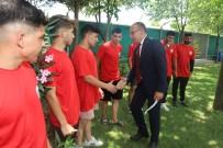 BELEDİYESPOR - Baskan Akin Turgutlulu Güresçileri Edirne'ye Ugurladi