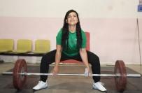 GÖRME ENGELLİ - Çankayali Sporcu Gülistan Özdemir'in Dünya Sampiyonasi'na Uzanan Peri Masali