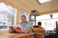 MOBİLYA - Eski Otobüsleri Karavana Çeviriyor