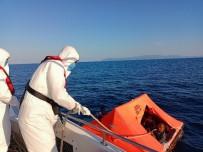 YUNANISTAN - Izmir Açiklarinda 58 Düzensiz Göçmen Kurtarildi