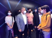 ÜSKÜDAR BELEDİYESİ - Oyunseverlerin Rekabetine Sahne Olacak E-Spor Merkezi Üsküdar'da Açildi