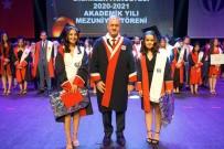 MEZUNİYET TÖRENİ - Rektör Prof. Dr. Özaydin Açiklamasi 'Gelecegin Türkiye'sini Sizler Insa Edeceksiniz'
