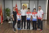 AVRUPA - Sampiyon Karateciler Mutlulugunu Baskan Erdogan'la Paylasti