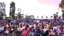 KORONAVİRÜS - Trabzon'da Çocuklar, Açik Hava Tiyatrosunda 'Oz Büyücüsü' Adli Oyunu Izledi