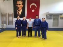 BELEDİYESPOR - Yunusemreli Judocular Romanya Yolcusu