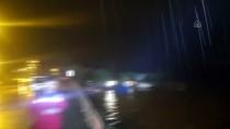 POLİS - Düzce'de Sel Sebebiyle Zonguldak-Düzce Yolu Çift Yönlü Kapandi