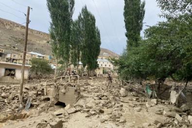 Van Başkale'de sel felaketi! Sular bir anda yükseldi