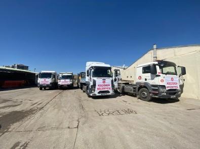 Keçiören Belediyesi Afet Bölgelerine 7 Is Makinesi Ve Bir Tir Dolusu Içme Suyu Sevk Etti