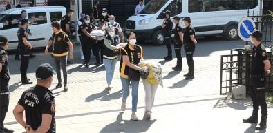 Sultangazi'de Polislere Saldiran 8 Kisi Serbest Birakildi