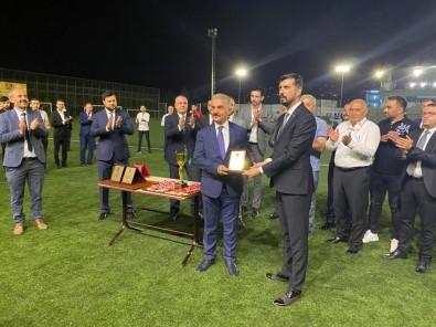 MHP 30 Agustos Zafer Bayrami Anisina Futbol Turnuvasi Düzenledi