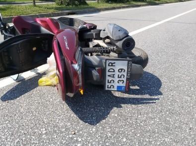 Otomobil Motosiklete Çarpti Açiklamasi 1 Yarali