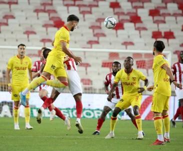 Süper Lig Açiklamasi D.G. Sivasspor Açiklamasi 1 - Göztepe Açiklamasi 0 (Ilk Yari)