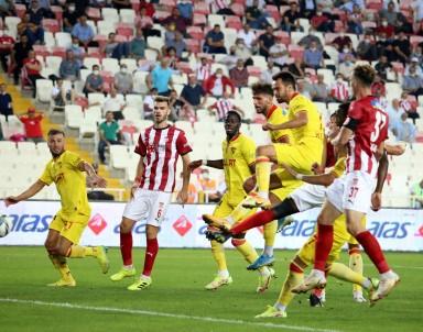 Süper Lig Açiklamasi D.G. Sivasspor Açiklamasi 2 Göztepe Açiklamasi 2 (Maç Sonucu)