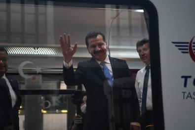 Zafer Treni Ankara'dan 99 Gençle Harekete Geçti