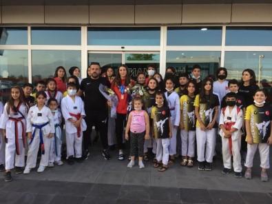 Zehra Kaygisiz Taekwondo Avrupa Üçüncüsü Oldu