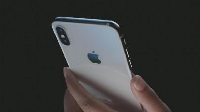 Apple sızdırılan iPhone tasarımları için öyle bir şey yaptı ki...