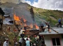 ORMAN YANGıNLARı - Felaketin adresi bu kez Artvin! 10'a yakın ahşap ev kül oldu...