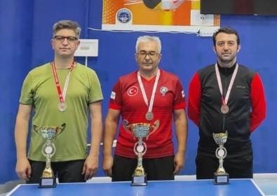 30 Agustos Zafer Bayrami Masa Tenisi Turnuvasi Tamamlandi