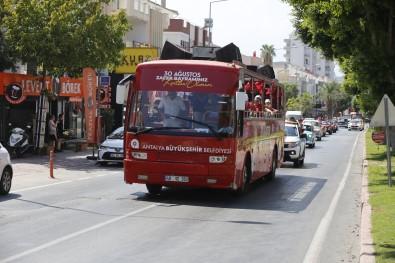 Antalya Caddelerinde Mobil Kortej Coskusu