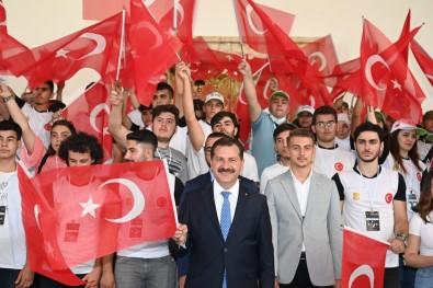 Baskan Yilmaz'dan Anitkabir Ziyareti