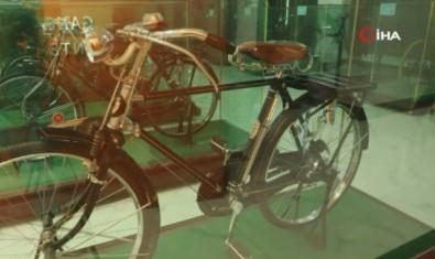 Çinli Koleksiyoner Açtigi Müzede Bin 300'Den Fazla Bisiklet Sergiliyor