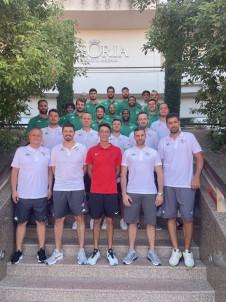 Olimpiyat Sampiyonu Mete Gazoz'dan Frutti Extra Bursaspor'a Ziyaret