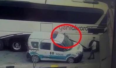 Polis Memuru Otobüs Ile Ekip Otosu Arasinda Sikisti