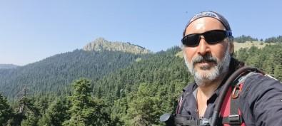 Solo Alpinisti 30'Uncu Tirmanisini Zafer Bayrami'nda Gerçeklestirdi