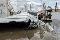 ABD'yi Ida Kasırgası vurdu: 209 km hızla geldi yüzlerce ev su altına kaldı