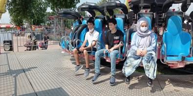Avcilar'da Lunaparkta 19 Yasindaki Genç Kizin Sok Ölümü