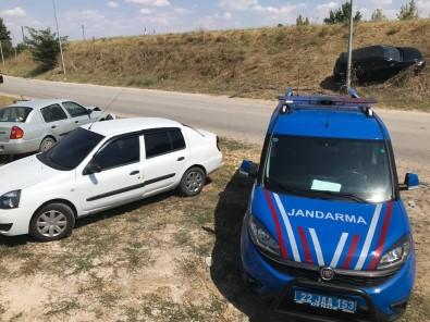 Edirne'de 2 Otomobilin Çarpismasi Sonucu 1 Kisi Yaralandi