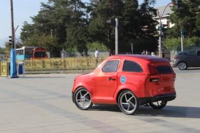 Erzurum'da imam hatipli öğrenciler, Tesla'ya rakip elektrikli araç üretti