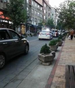 Polis Araçlari Gelin Arabasina Eskortluk Yapti