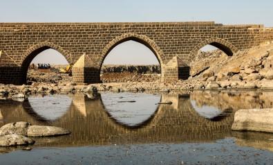 Tarihi Dilaver Köprüsü'nün Korunmasi Için Yeni Köprü Insa Ediliyor