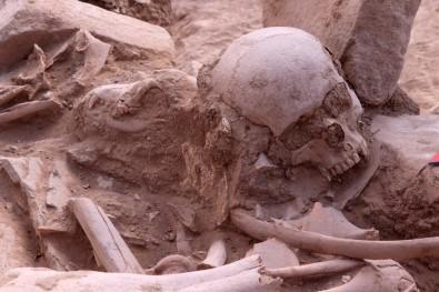 Urartularin Ölü Gömme Gelenegine Isik Tutacak Kesif
