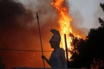 OLİMPİA ANTİK KENTİ - Yunanistan da alevlere teslim oldu! Olimpia Antik Kenti duman altında...