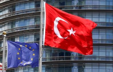 Economist: Avrupa, Müslüman Türkiye'nin AB üyeliğine karşı