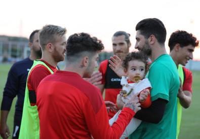 Sivasspor'un Kalecisi Muammer'e Sürpriz Dogum Günü Kutlamasi
