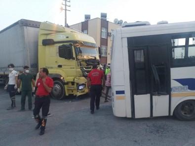 Tir Ile Halk Otobüsü Çarpisti Açiklamasi 1 Yarali