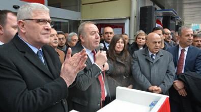 Yargılandığı davaya rapor alıp gitmeyen İYİ Partili belediye başkanı Akşener'le geziye çıktı