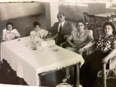 16 Yaşındaki Liseli Menderes! Aile Albümünden İlk Kez Göreceğiniz Kareler...