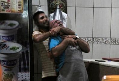 Antalya'da kan donduran görüntü: Ustasının boynunu kesmeye çalıştı!