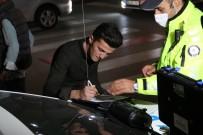 Alkollü Araç Kullanan Genç Polise Yakalandi