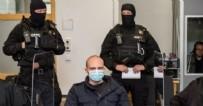 Alman Polisinden Skandal Olay! Hapisteki Teröriste Bunları Yolladı!