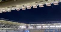 Ülker Stadyumu'nda yangın!