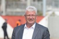 Bursali Teknik Direktör Bursaspor-Ankaragücü Maçini Izlerken Kalp Krizi Geçirdi