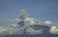 Meksika'daki Popocatepetl Yanardagi Faaliyete Geçti